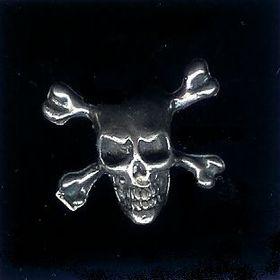#39 large skull and crossbones