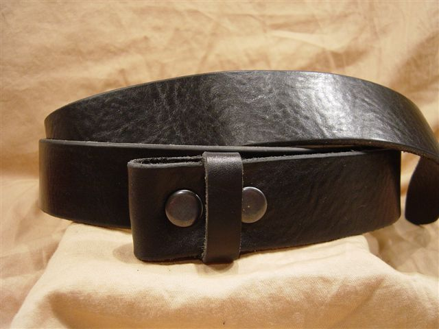 textured black men's women's leather belts